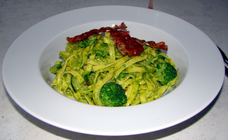 pasta_brokkoli_pesto