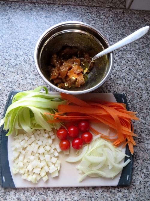 zucchini-möhren-puten-pfanne2
